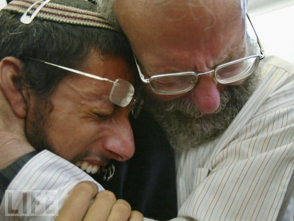 crying jews six-million-never-forget